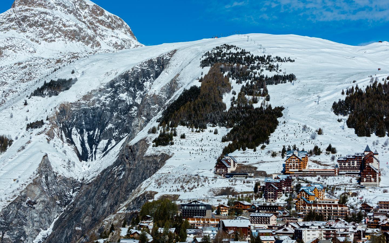 Les Deux-Alpes hotellia