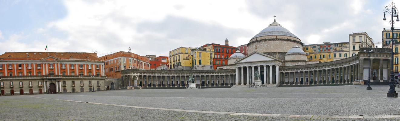Napoli hotellia