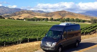 Santa Barbara Wine Tour with Picnic Lunch
