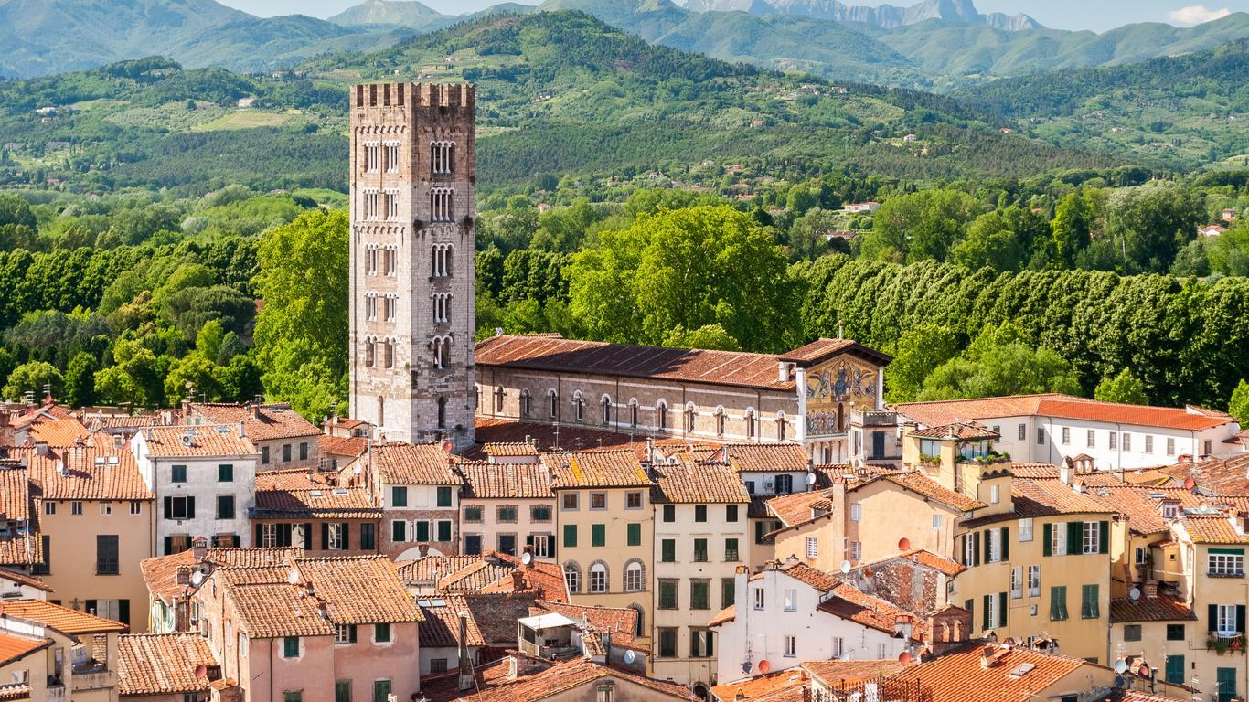 Lucca car rentals