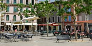 Car Rental in Valence