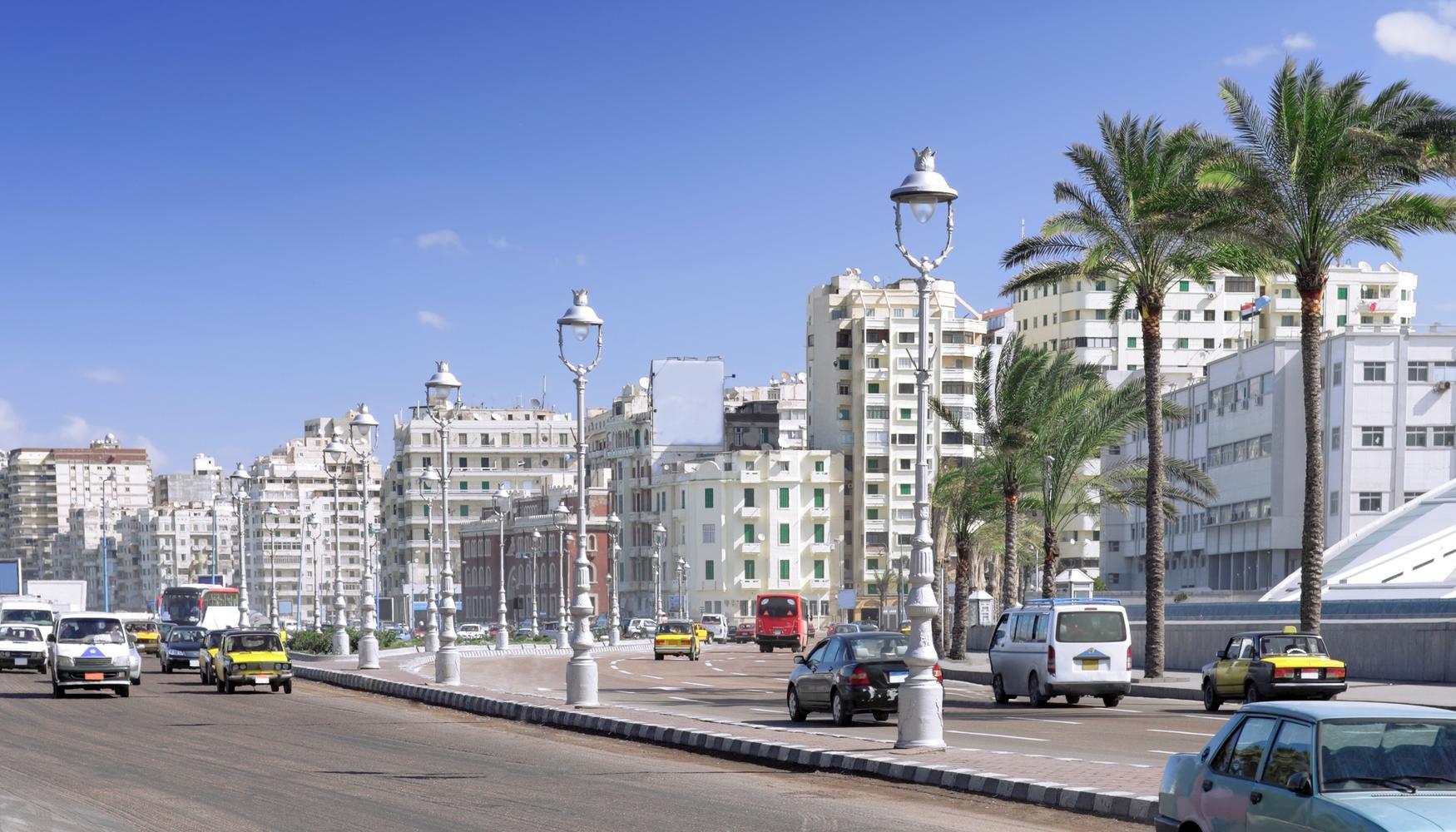 亞歷山大 柏格阿拉伯國際機場租車