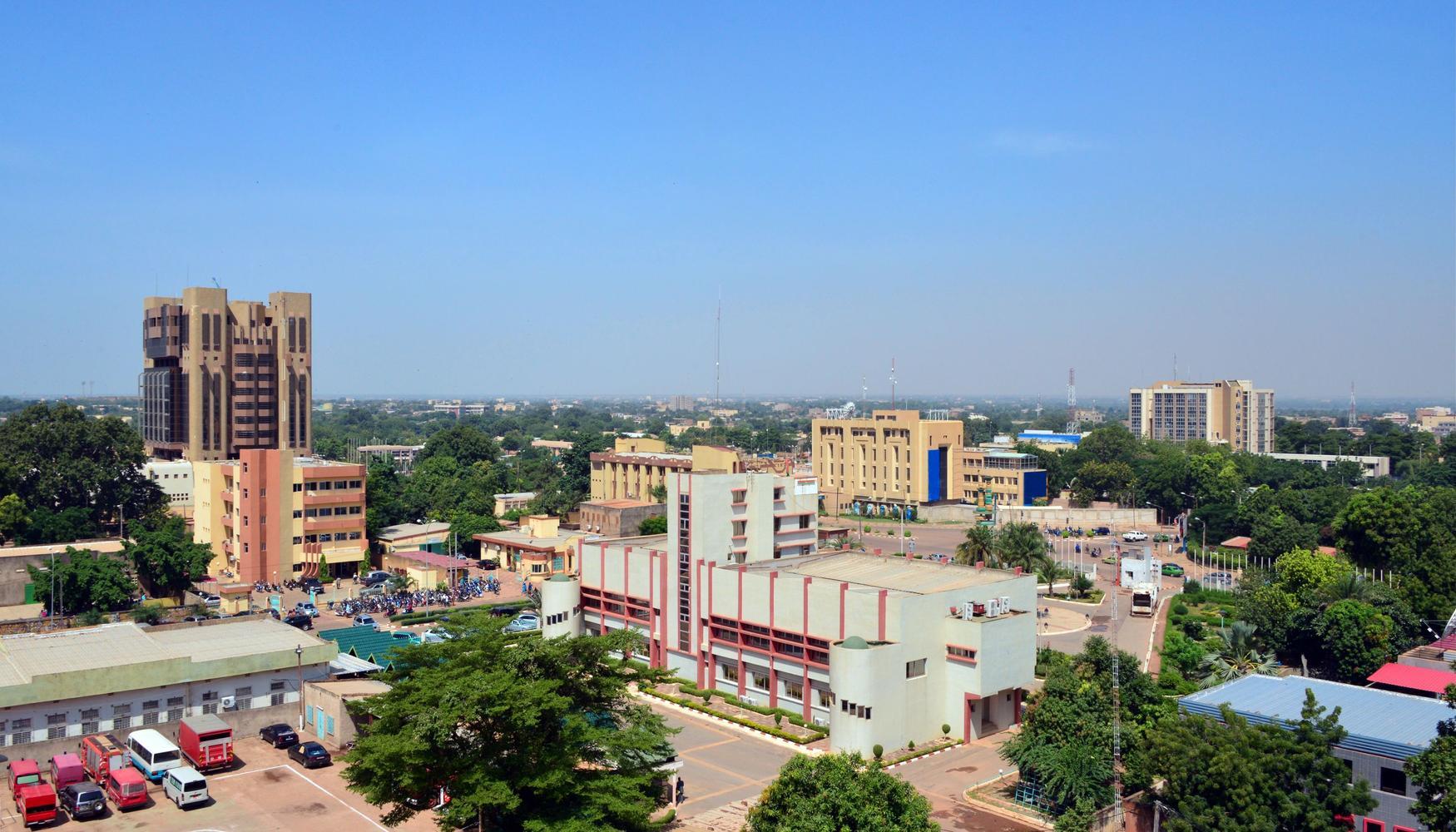 Auto de alquiler en Aeropuerto Uagadugú Ouagadougou