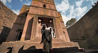 Nature, Wildlife & Cave Church Tour from Addis Ababa (and more)