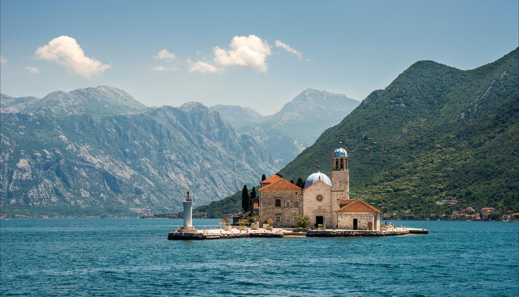 Renta de autos en Montenegro