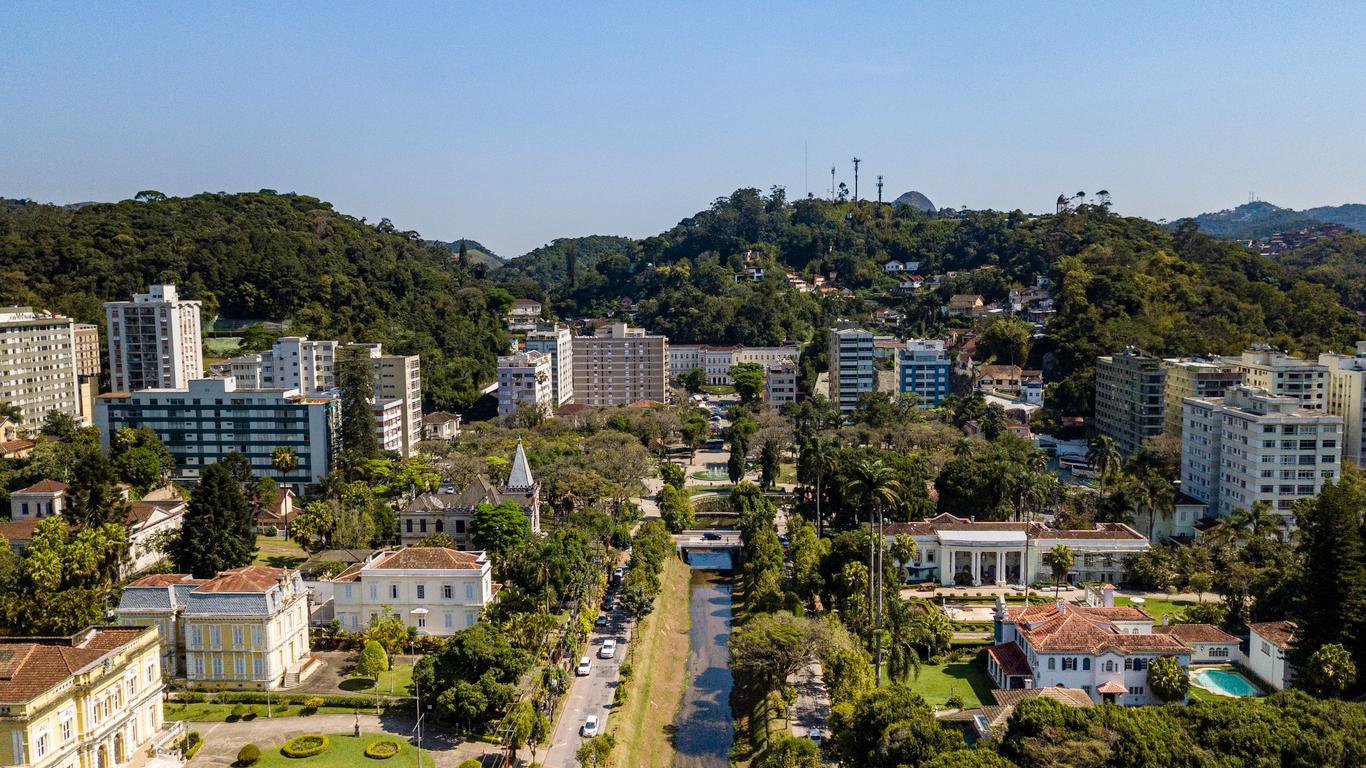 Petrópolis car hire