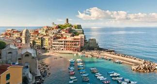 Cinque Terre tour in Small Group from Pisa