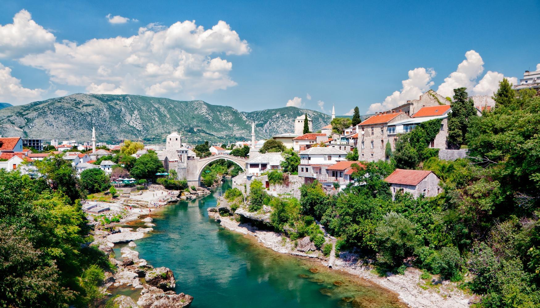 Aluguer de carros com a Bósnia-Herzegóvina