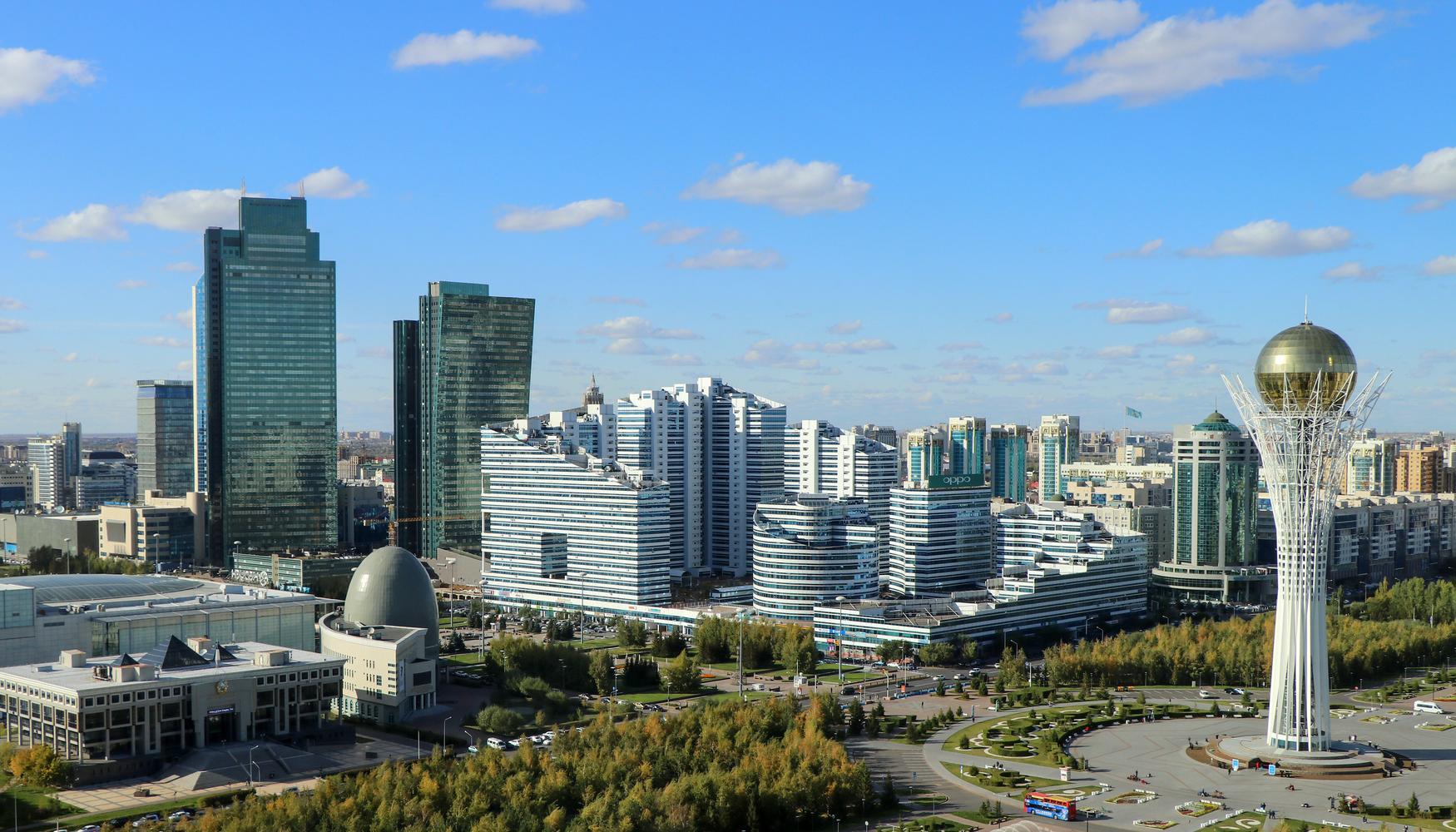 Mietwagen am Flughafen Nur-Sultan Nursultan Nazarbayev Intl