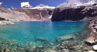 Full-Day Hike to Lake 69 in the Cordillera Blanca from Huaraz, Peru