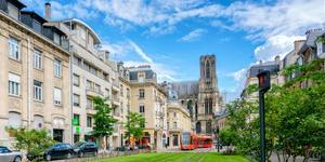 Carros em Reims