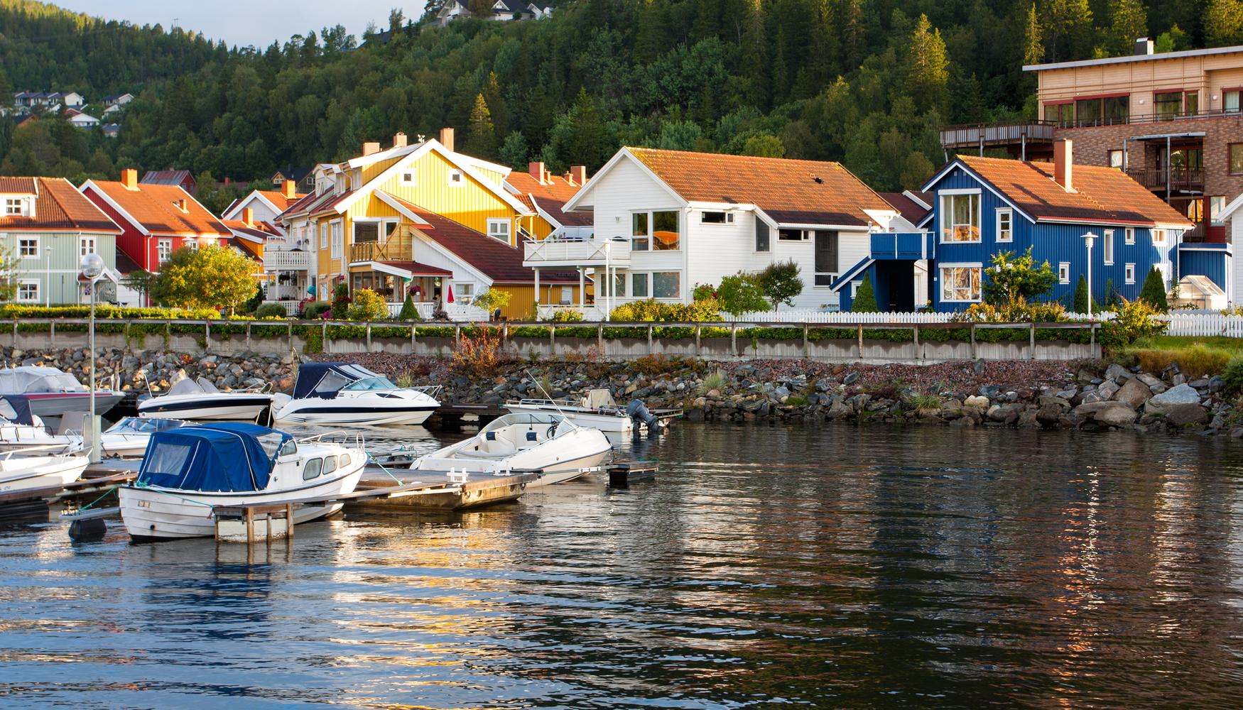 Car hire at Namsos Airport