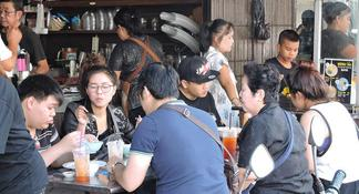 Foodies' Food Tour in Hua Hin