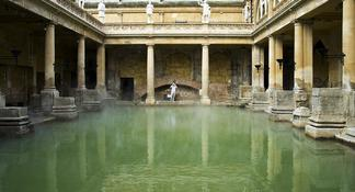 Banhos Romanos e Bath City Walking Tour