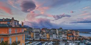 Leiebiler i Bastia