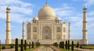 Private Taj Mahal at Sunrise and Agra Day-Trip from Delhi