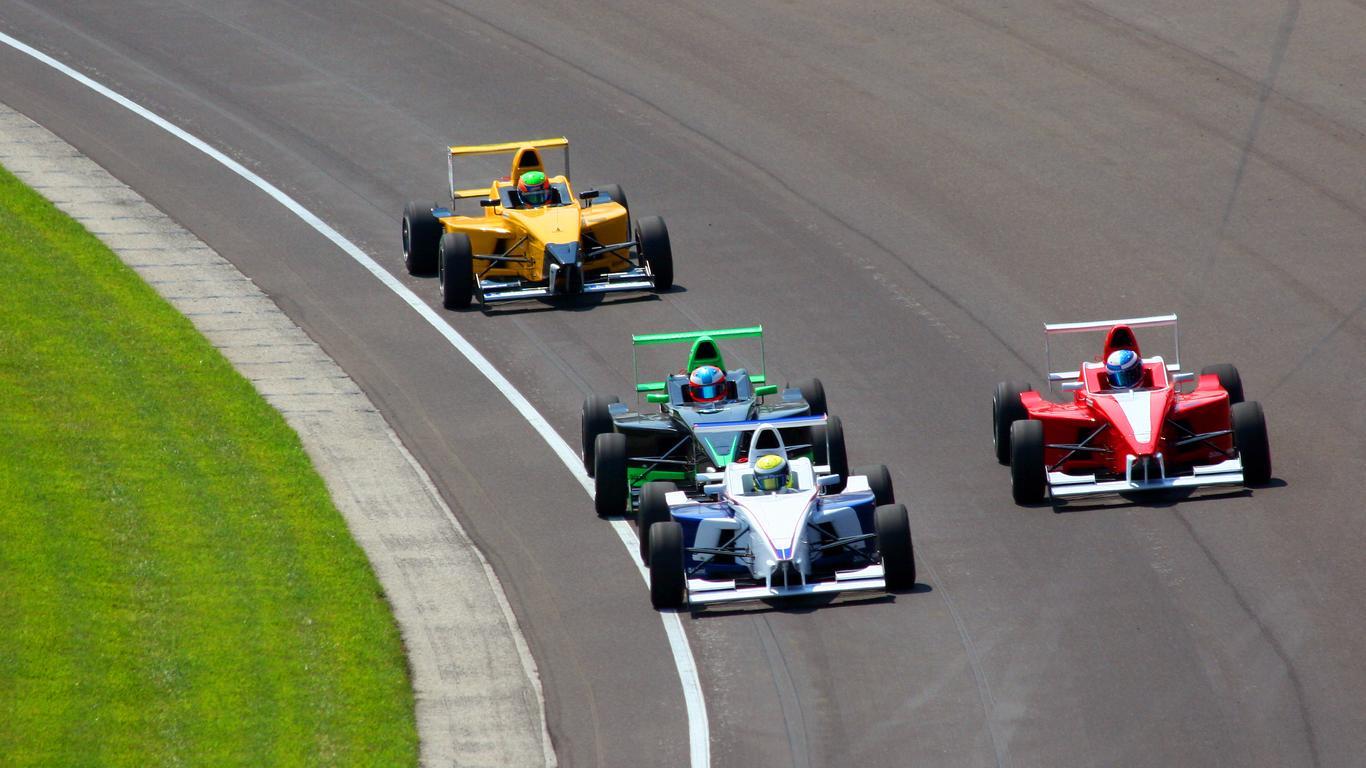 Alquiler de autos en Speedway