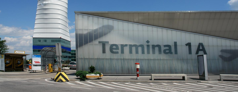 維也納國際機場租車
