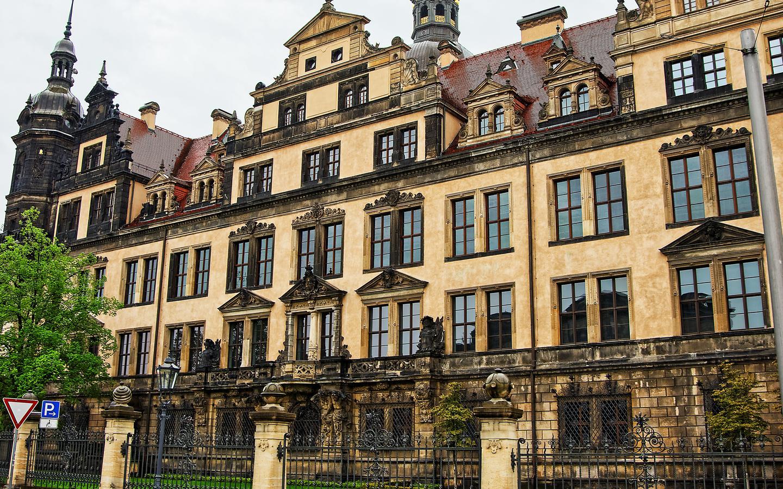 Khách sạn ở Dresden