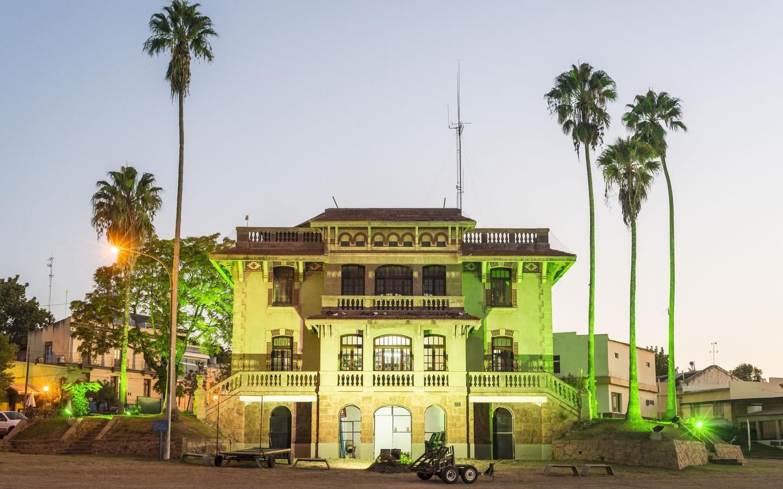Colón hotels