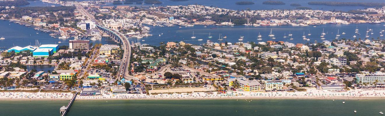 Khách sạn ở Bãi biển Fort Myers