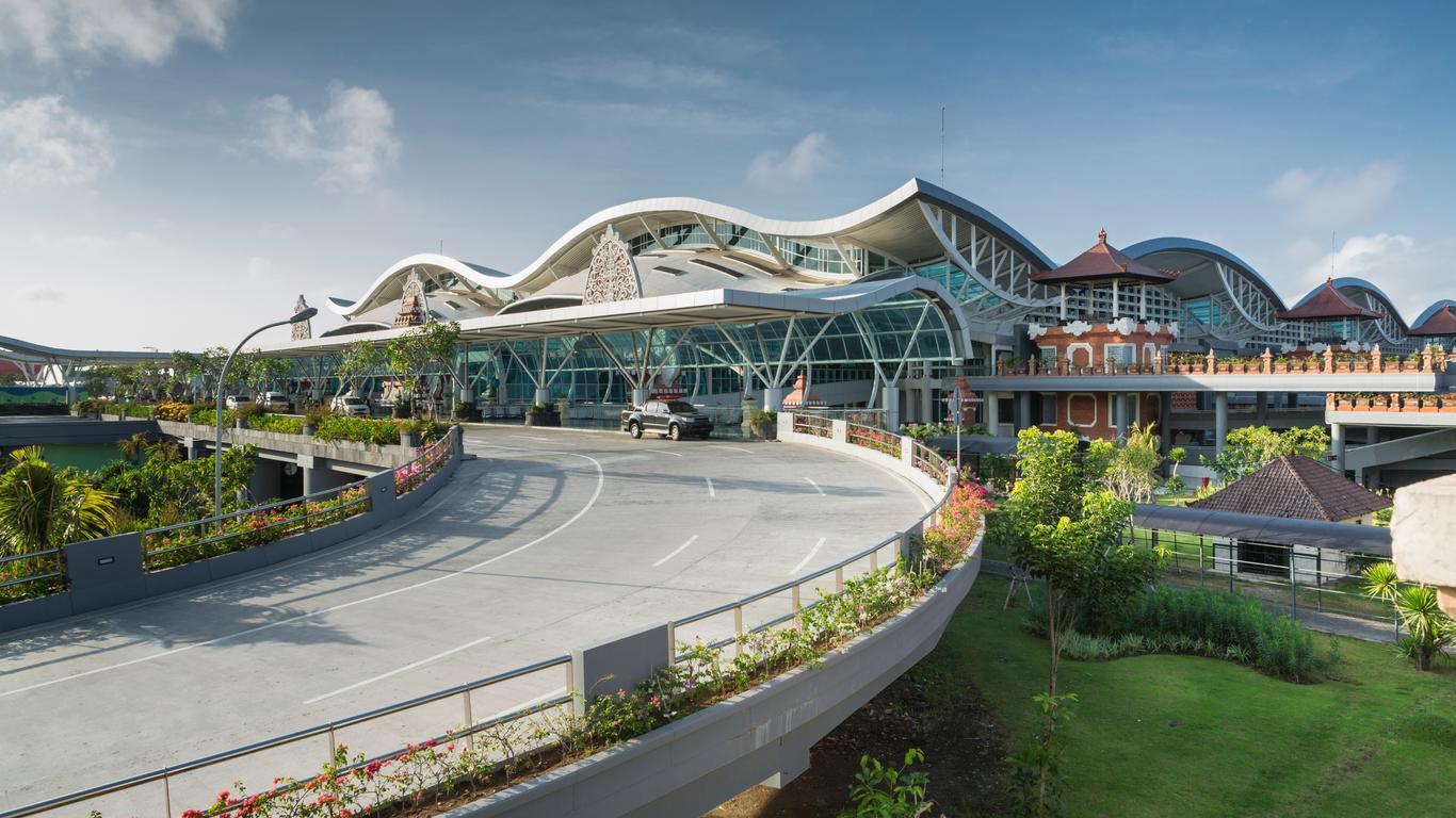 Aluguel de carro em Aeroporto de Denpasar Bali Ngurah Rai