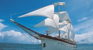 Fijian Islands and Snorkel Full-Day Whales Tale Cruise including Beach BBQ Lunch