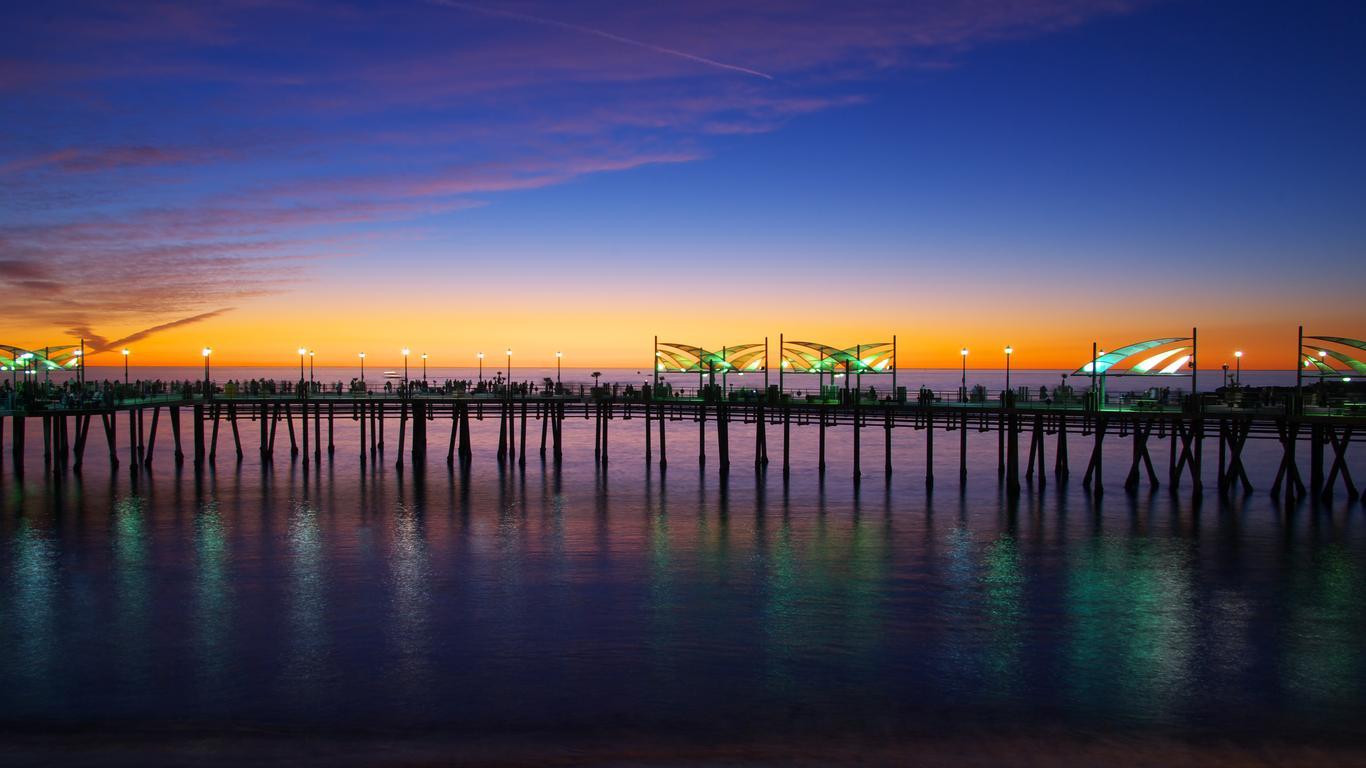 Redondo Beach: оренда авто