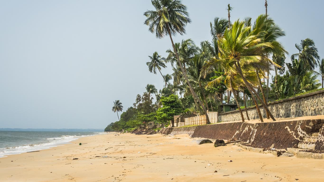 Libreville car hire
