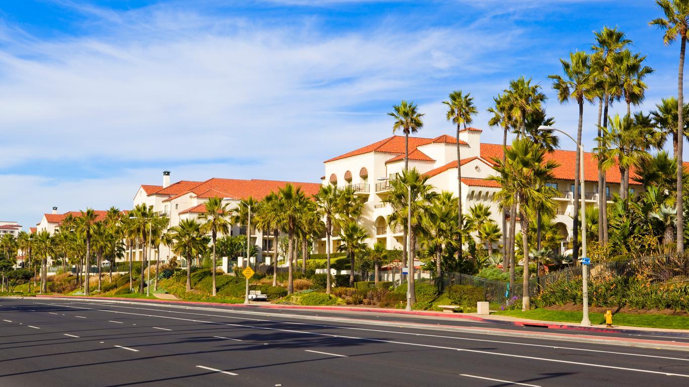 Huntington Beach car hire