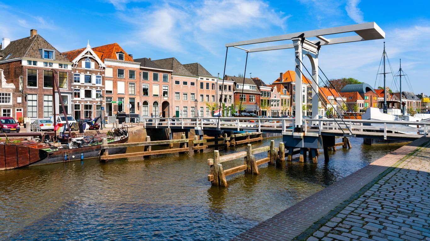 Zwolle car rentals