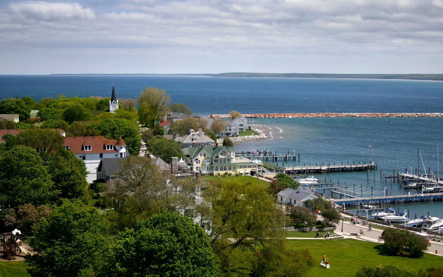 20 Best Hotels In Mackinac Island Hotels From 103 Night