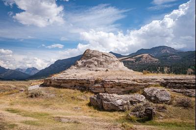 Yellowstone National Park hotels