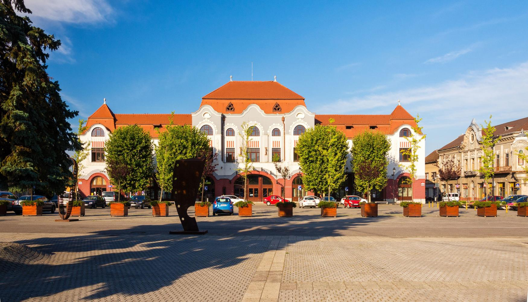 Car hire at Baia Mare Airport