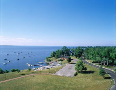 Pointe-Claire hotels