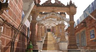 Jain Temple Full-Day Tour from Jodhpur to Udaipur