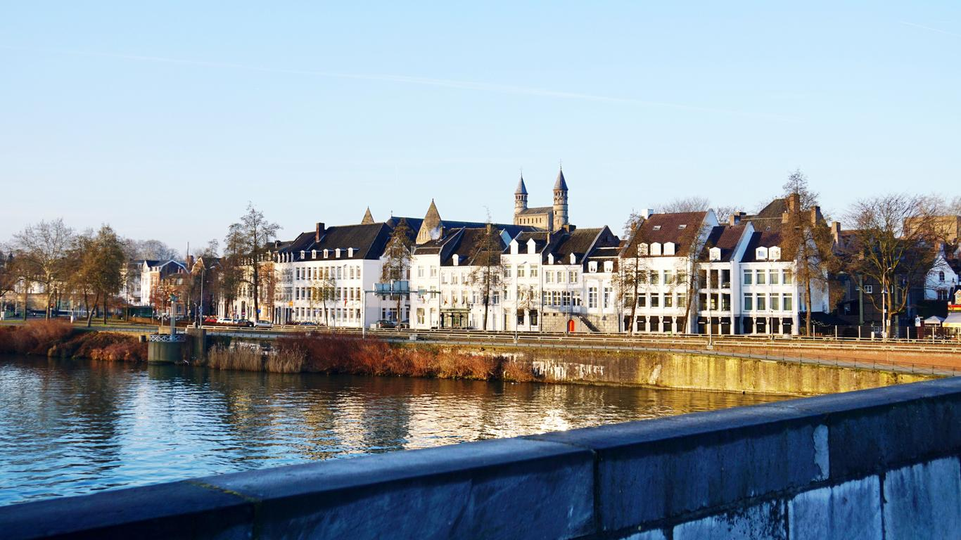 Maastricht car hire