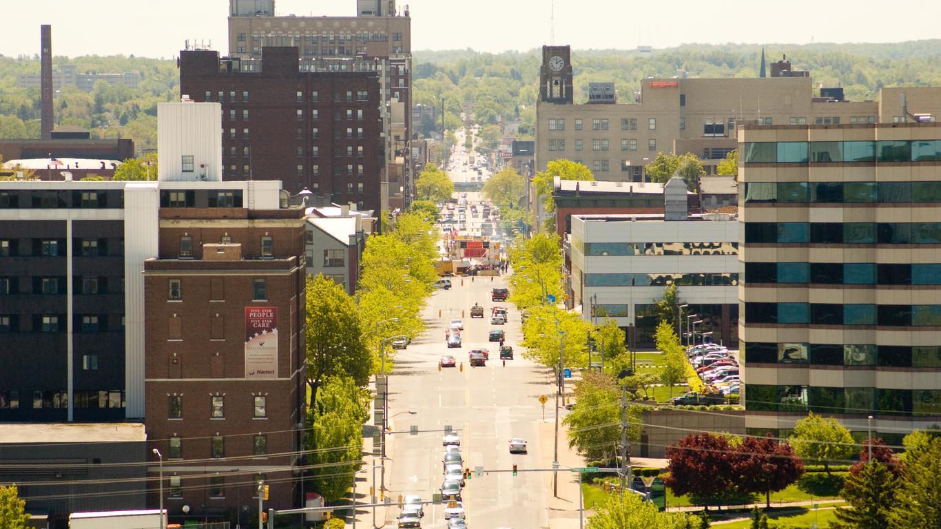 Erie: оренда авто