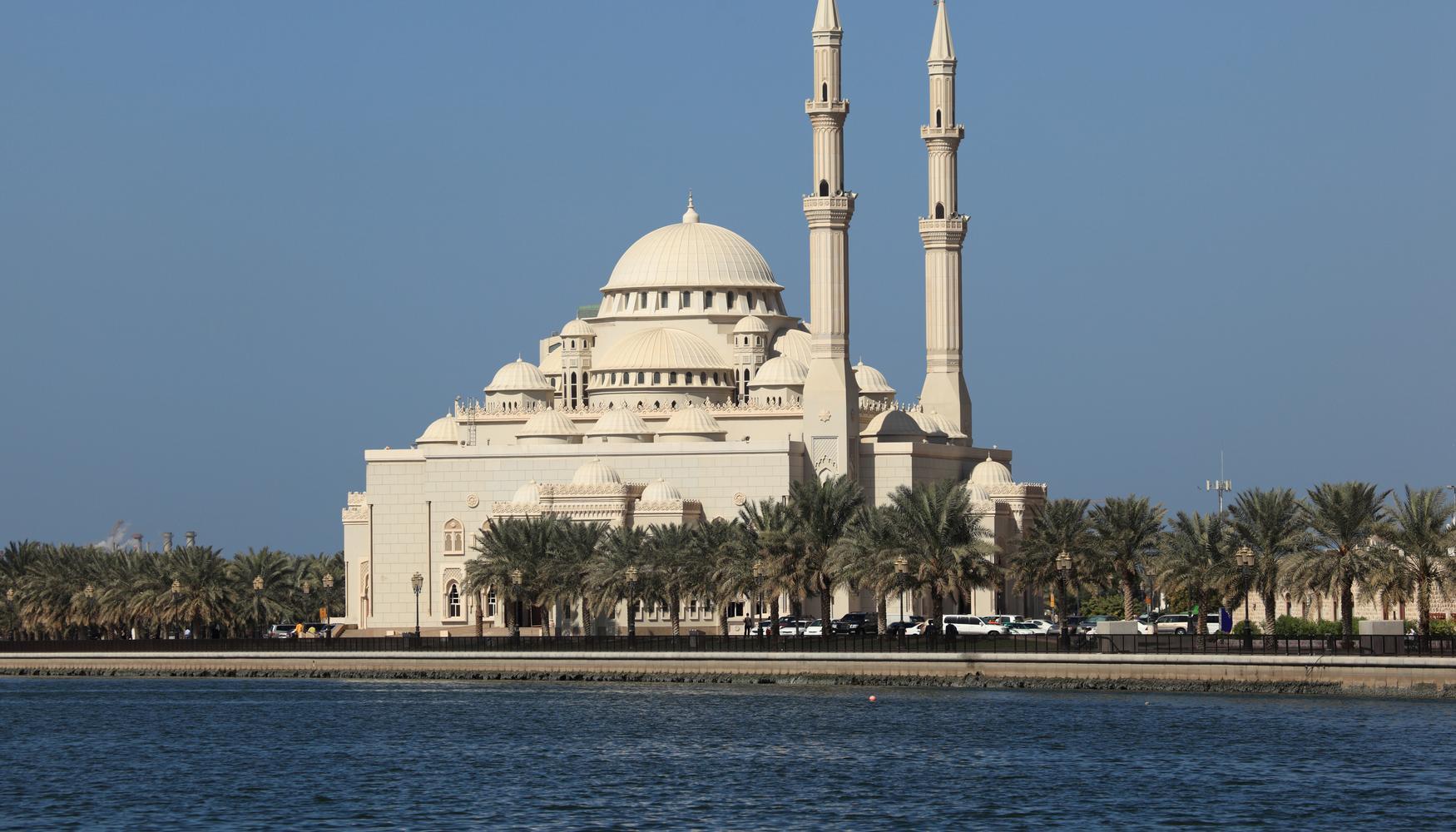 Alquiler de coches en Aeropuerto Sharjah