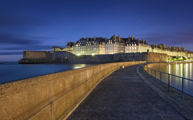 Saint-Malo hotels