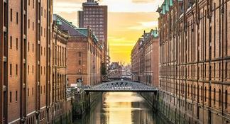 Visita guiada en bicicleta por la ciudad de Hamburgo