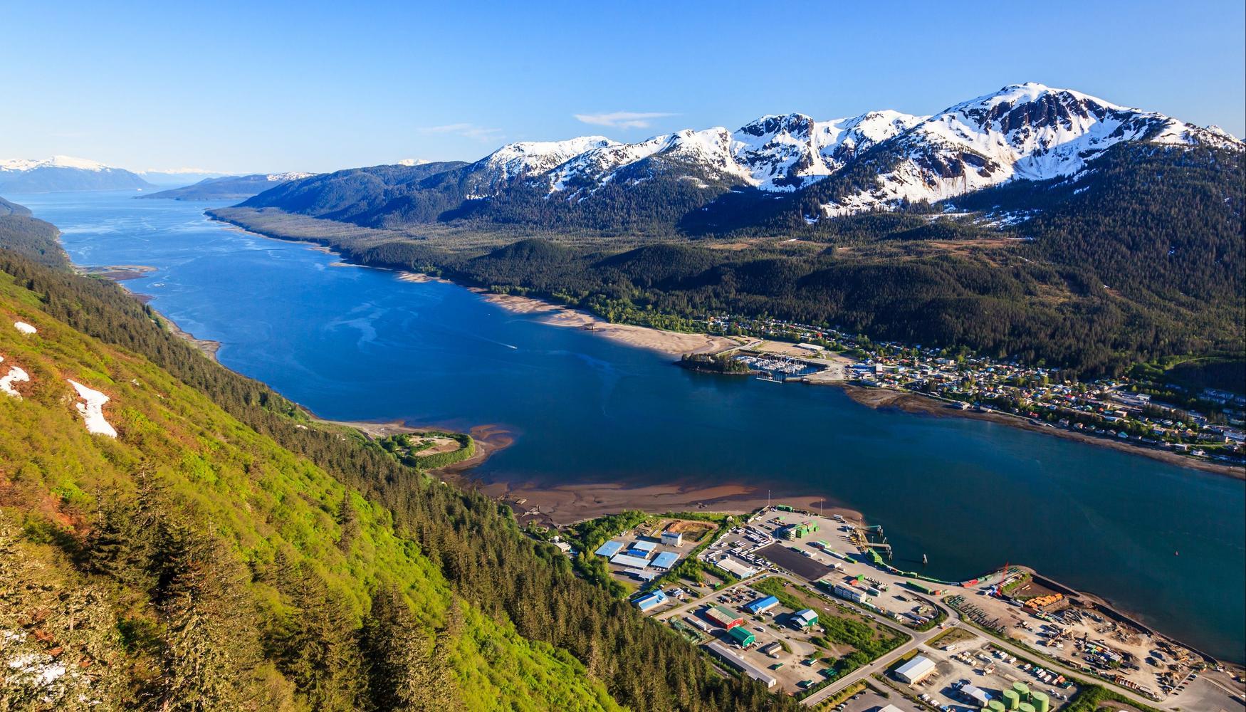 Car hire at Juneau Intl Airport