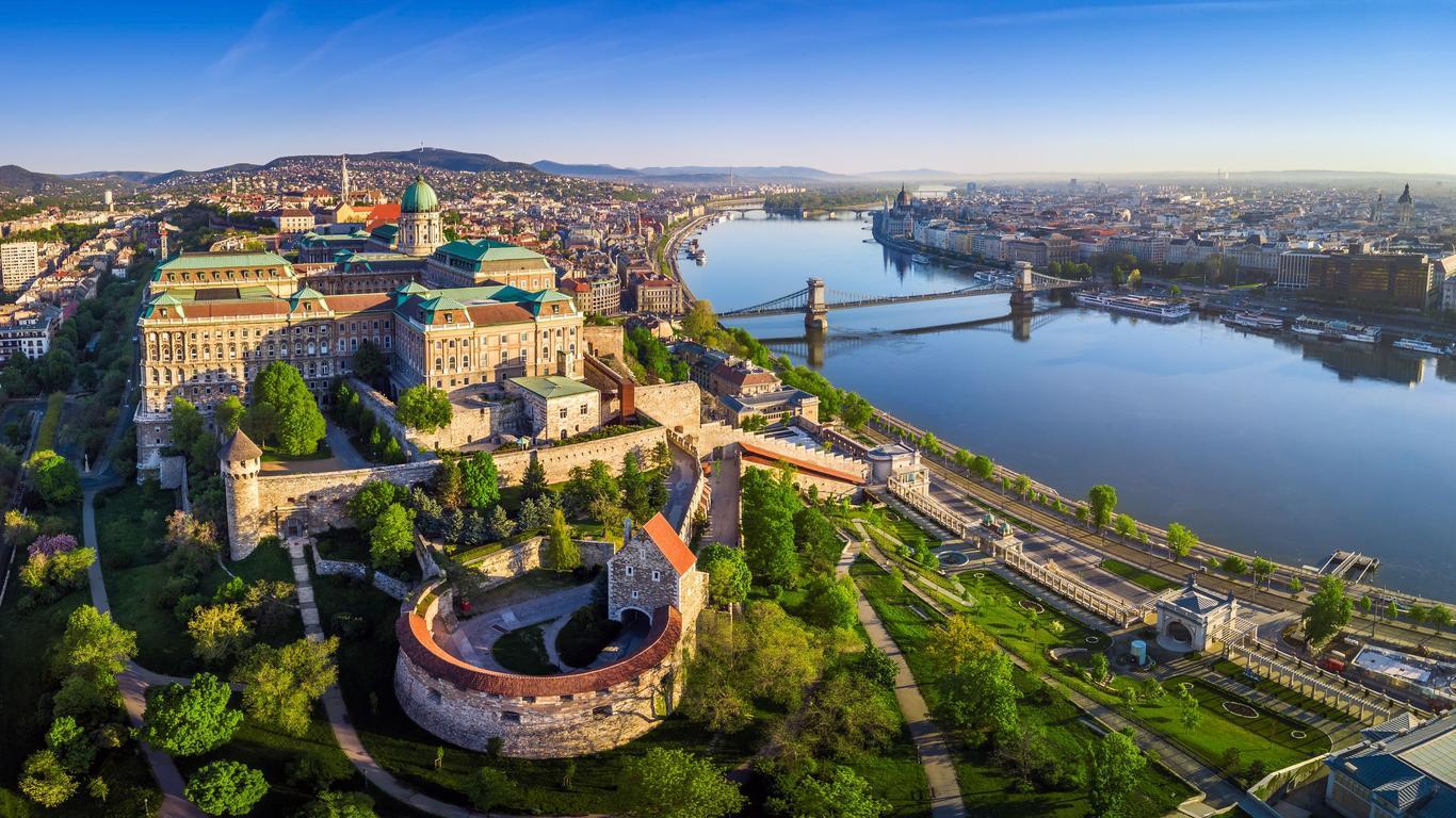 ブダペストのレンタカーを検索&料金比較