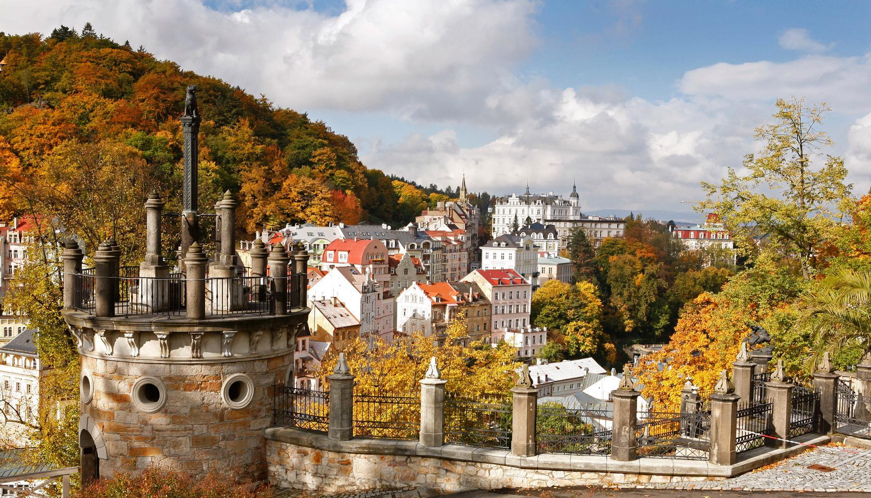Leiebil på Karlsbad Karlovy Vary flyplass