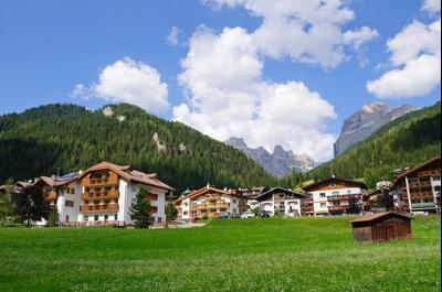 Ξενοδοχεία στην πόλη Canazei