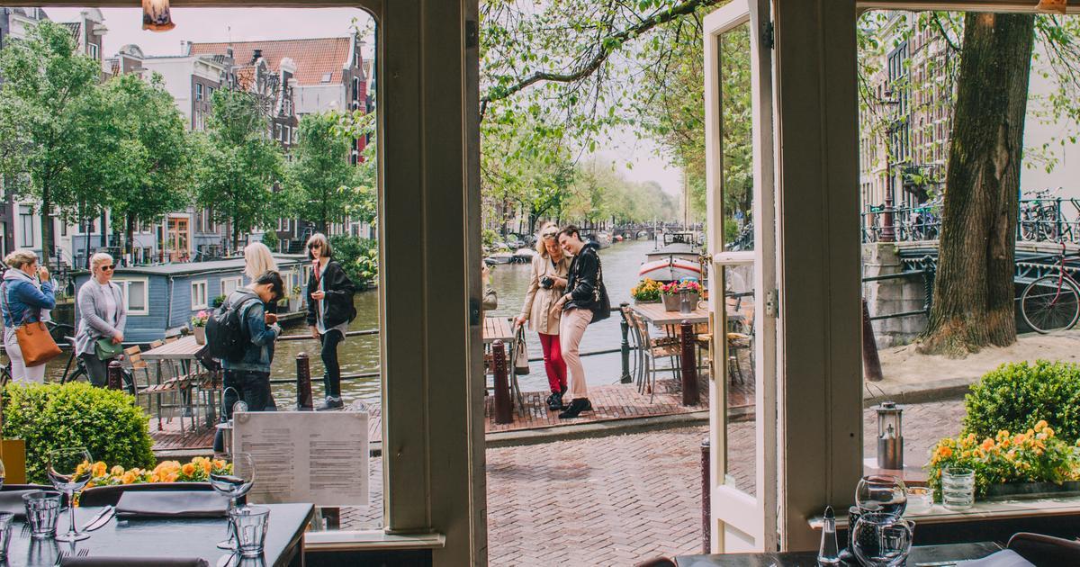 billiga flyg stockholm amsterdam