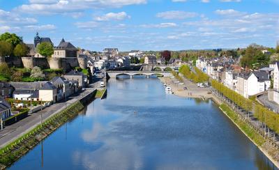Mayenne hotels