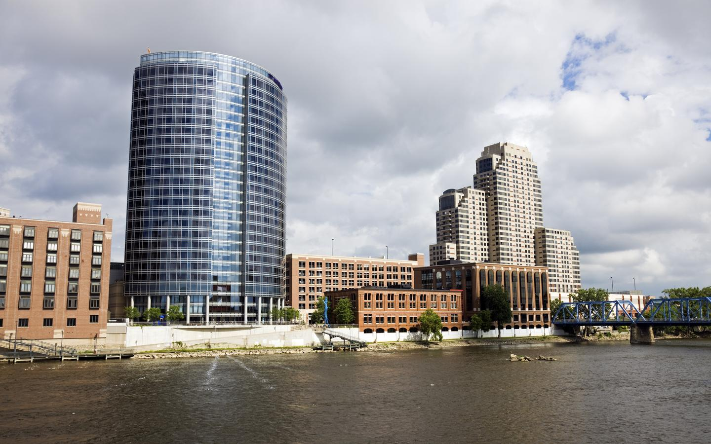 Cheap Flights from Harrisburg to Grand Rapids from $221 - KAYAK