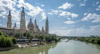 Zaragoza: Private Tour with a Local Guide