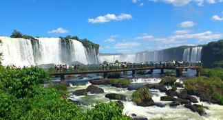 Iguassu Falls: Brazil Side Private Tour
